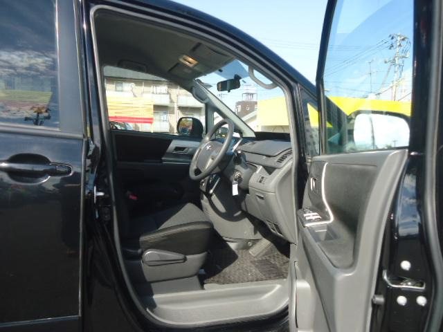 トヨタ ヴォクシー Z HDDナビ バックカメラ ETC 左側電動ドア