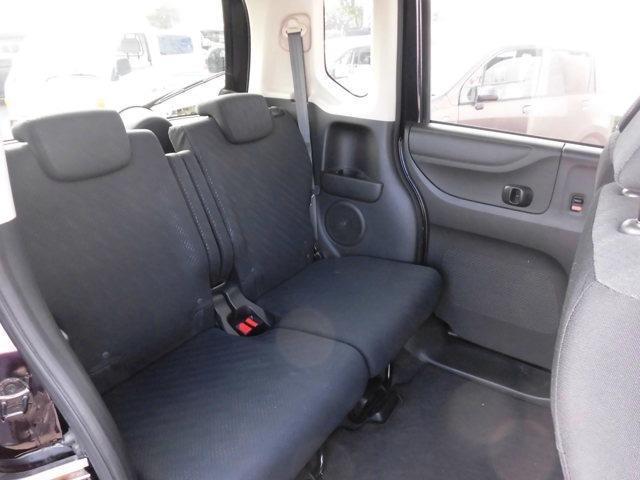 後部座席・セカンドシートの画像です。是非実際に座ってみて下さい。