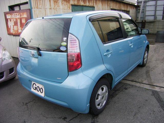 トヨタ パッソ 4WD オートマ CD アルミ