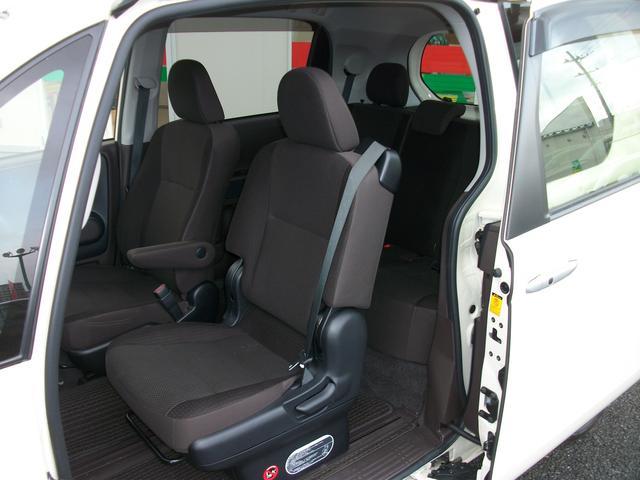 トヨタ ポルテ G 4WD 社外SDナビ地デジ