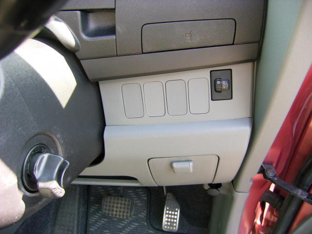 ダイハツ ムーヴ メモリアルエディション 4WD