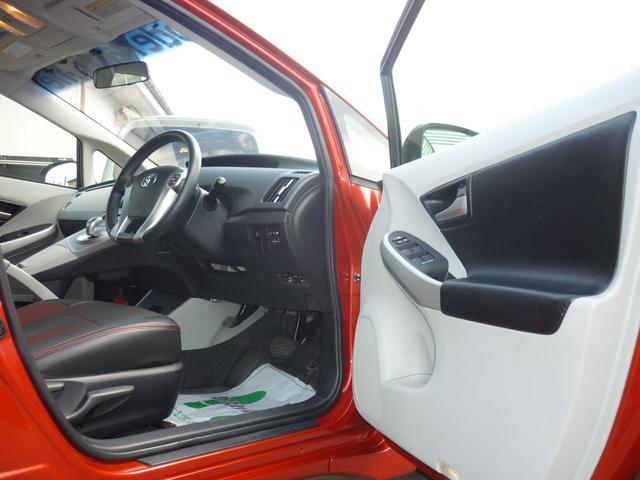 トヨタ プリウス S モードパルファムデモカー エアサス SSR18AW