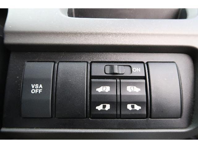 ホンダ ステップワゴン 24Z 純正HDDインターナビ リアエンターテインメント