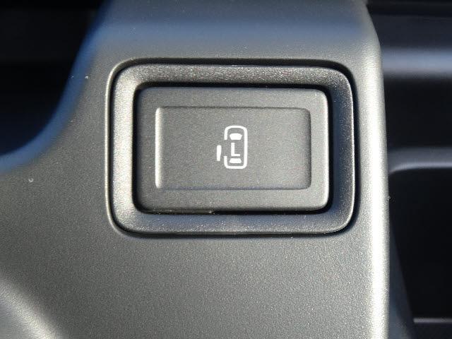スズキ ソリオ 4WD ハイブリッド MX デュアルカメラ スマートキー