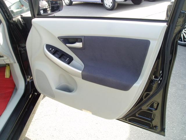 トヨタ プリウス S ワンオーナー
