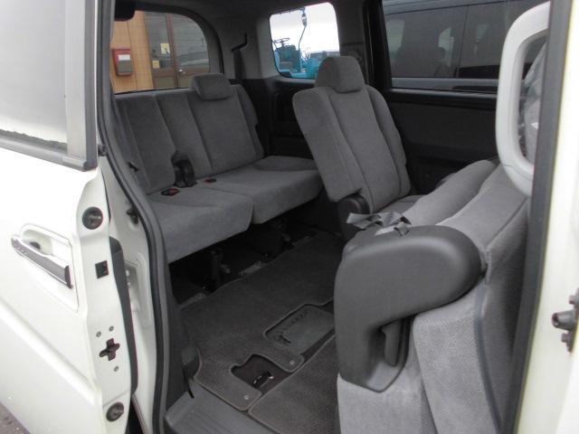 ホンダ ステップワゴン Gタイプ 4WD 左側電動スライドドア CD キーレス