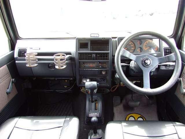 パワステ、オートマでイージドライブ可能なジムニーです。