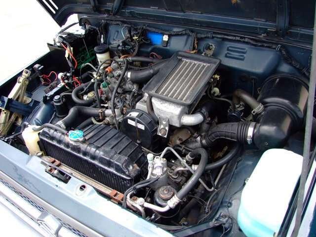 インタークーラー付きターボエンジン搭載。