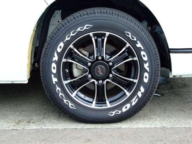 トヨタ ハイエースワゴン GL ロングミドルルーフ 4WD ベッドKITフリップダウン