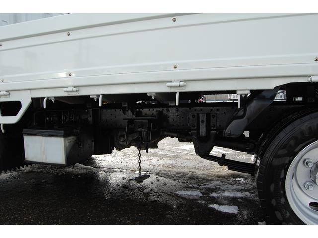 いすゞ エルフトラック 2t 全低床 4WD