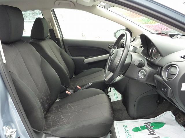 マツダ デミオ 13C 4WD SDナビ ETC