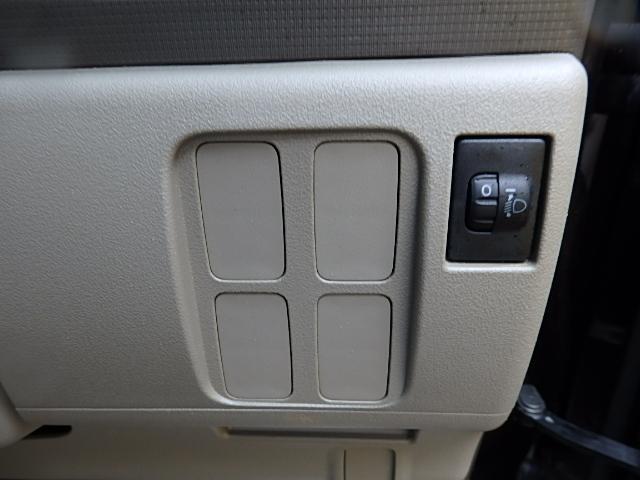 ダイハツ タント X 4WD CD キーレス 左側スライドドア
