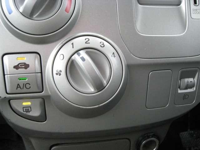 ホンダ モビリオ A 4WD 左側パワースライドドア CDオーディオ