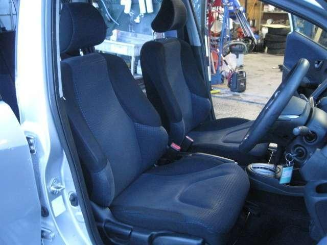 ホンダ フィット G 4WD プレミアム保証対象車