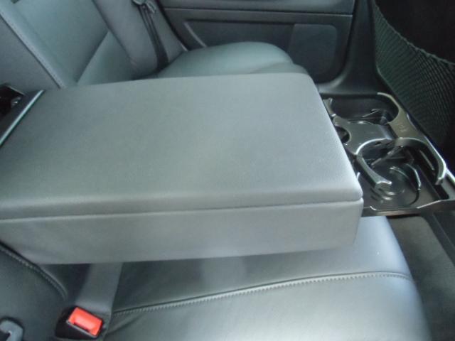 アウディ アウディ A4 2.0TFSIクワトロ 07年モデル ターボ 黒革シート