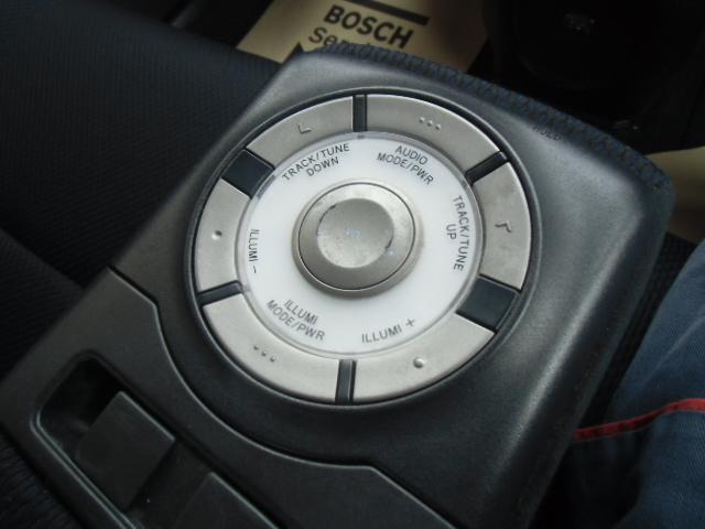 ZQバージョンといえばアームレストコントローラー もちろん動作確認済み