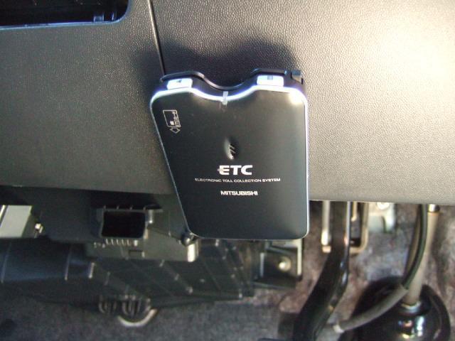 社外ETC付き!内外装共に綺麗で、自信を持ってお勧めできる一台ですので、ぜひご来店の上、程度などをご覧ください。
