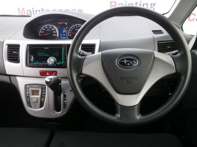 運転席周りはこんな感じになっております!今すぐ運転席に座ってドライブ行っちゃいたいですねー♪