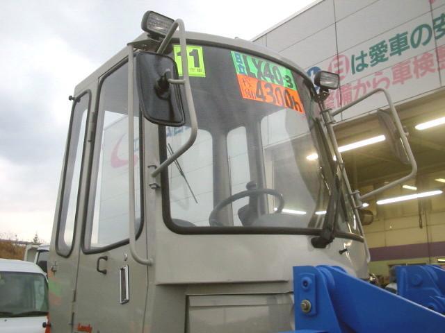 日本その他 日本 日立ホイールローダーLX40-3 0.6立米 4400h