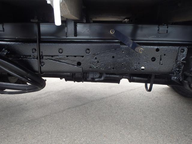 いすゞ エルフトラック 2tロング 4WD ユニック3段クレーンフックイン