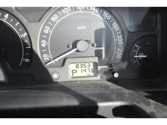 業務で使用する事がある車両の為、若干距離が加算される場合がございますので予めご了承願います♪V8 4リッター OHVのドロドロとした走りが心地良いそうですが、正直燃費は5キロを切るそうです(苦笑)♪