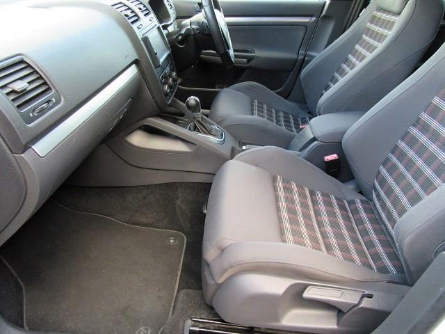 フォルクスワーゲン VW ゴルフ GTI HDDナビ ETC HID 禁煙車 純17AW記録簿