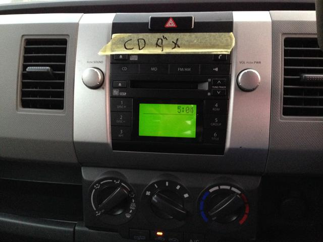 CDを聞くことができませんが...今お乗りの車からオーディオを移植することができますので安心して乗り換えすることができます♪