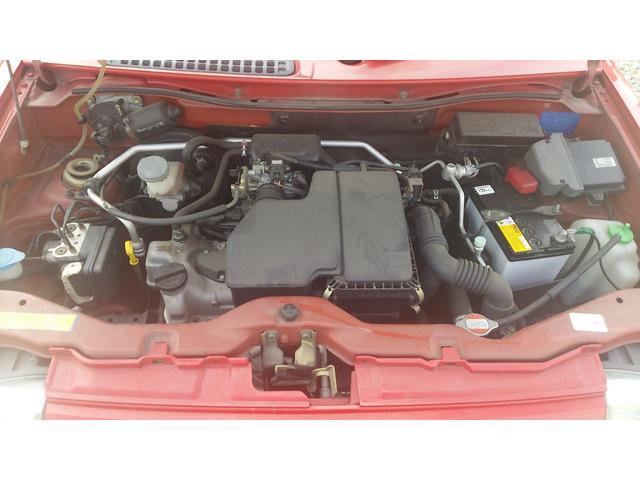 タイミングチェーン式エンジンですので、オイル交換だけ定期的にしていただければ大丈夫なエンジンです。