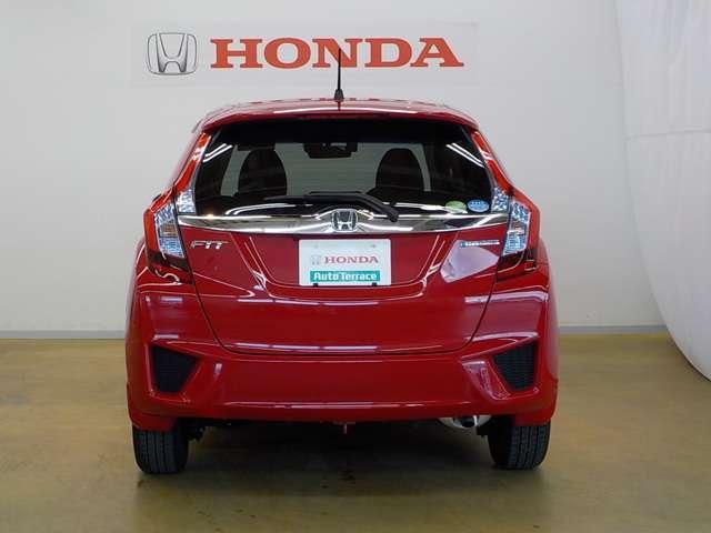 ホンダ フィットハイブリッド Lパッケージ ハイブリッド 4WD