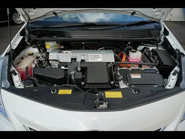 トヨタ プリウスアルファ S HV
