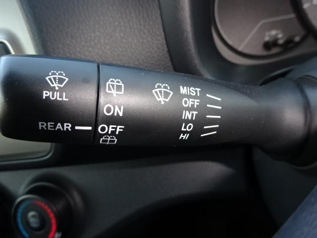 トヨタ ヴィッツ F 4WD 寒冷地仕様 メモリーナビ CD ETC ABS