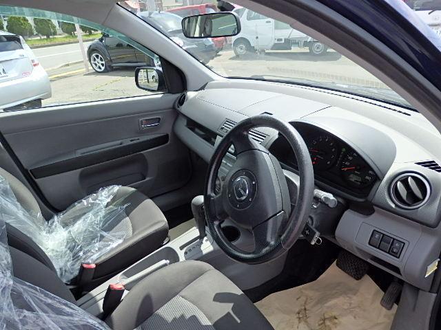 マツダ デミオ カジュアル 4WD CD キーレス