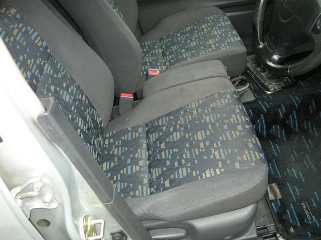 運転席モケットシート付きのプレオRMです!