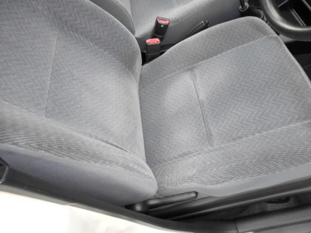 運転席モケットシート付きなミラです!