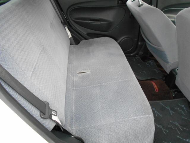 助手席モケットシート付きなミラです!