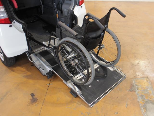 ☆車いす車載例☆後退防止装置装備☆安全に車いすを乗車することができます☆