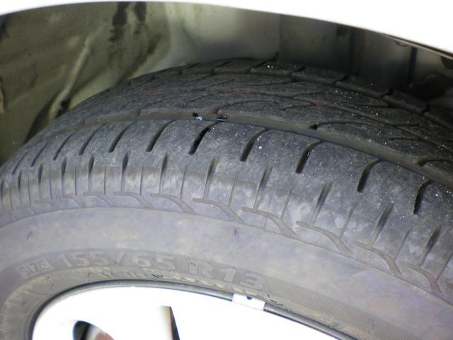 タイヤ目もまだまだありますのでタイヤ交換の初期費用がかからずに済みます!