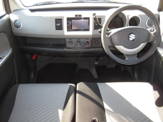 開放感たっぷりのベンチシートにコラムオートマチック!運転もしやすいお車です。年式以上に綺麗な車内!電動電格ミラーも付いて便利なお車ですよ(^^)人気車必見!早い者勝ちですよ(^^)v