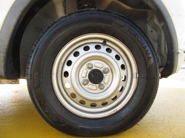 タイヤもまだまだ使えそうです♪軽自動車のタイヤは新品も安いです。込み込み価格のKei!お早めに在庫確認を♪