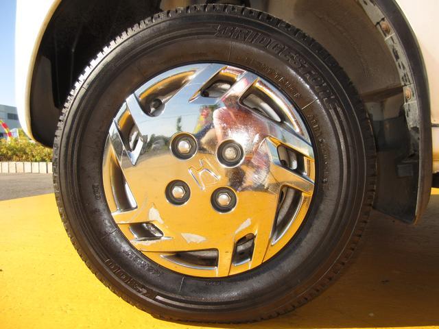 タイヤもまだまだ使えそうです♪軽自動車のタイヤは新品も安いです。込み込み価格のアクティバン!お早めに在庫確認を♪