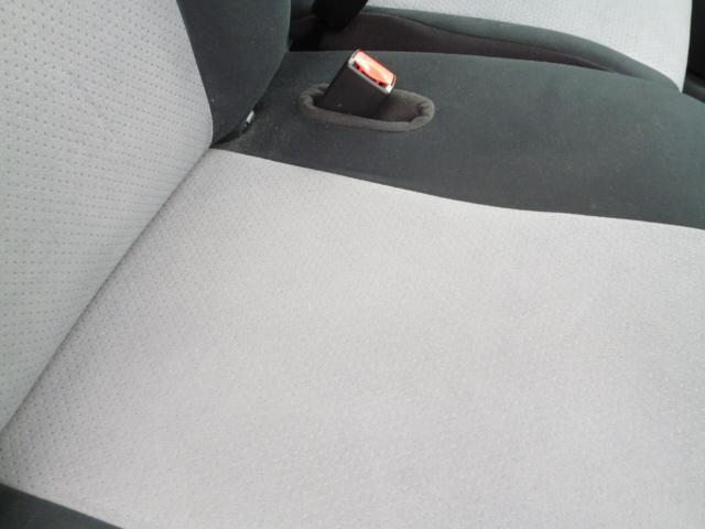 運転席:目だった汚れ等はございません。
