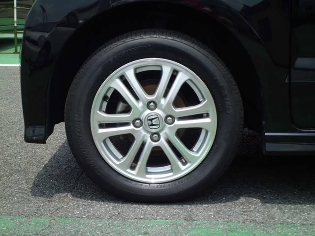 155/65R13タイヤ。
