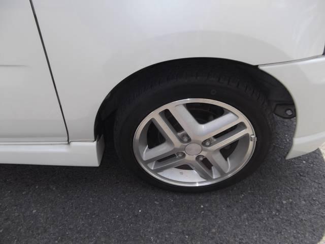 純正14インチアルミ!タイヤの溝もたっぷりありますよ!