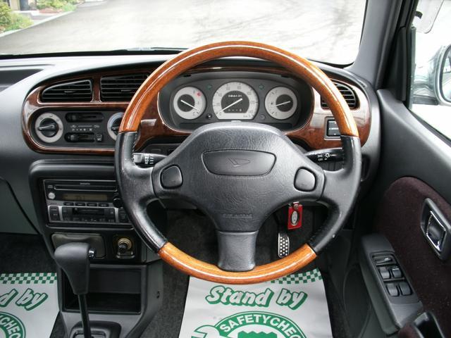 ウッドコンビステアリング・ウッド調パネル・CDカセット・電動ミラー・4速オートマ
