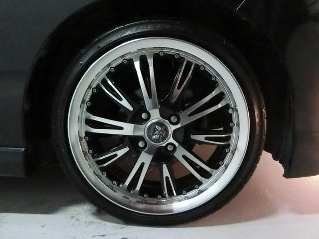 supreme外品16インチAWです!タイヤは5分山くらいです!これは似合いますね!