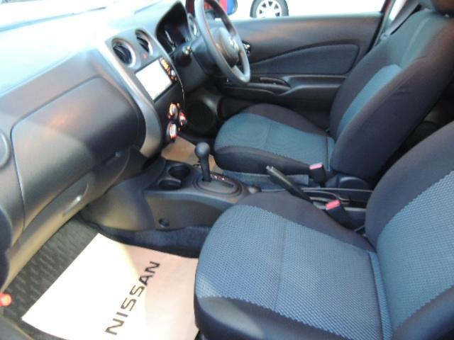 ☆後席もコンパクトカーとは思えない十分な広さと快適性を持っています。