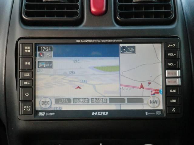 HDDナビ付き!遠出の際もらくらく道案内してくれますのでドライブも楽しくなります!