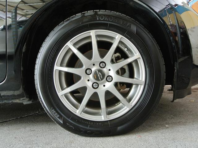 社外アルミ付♪ タイヤ4本8分山ぐらいです! しばらくはタイヤ交換の心配無用です! バッテリー交換付総額!