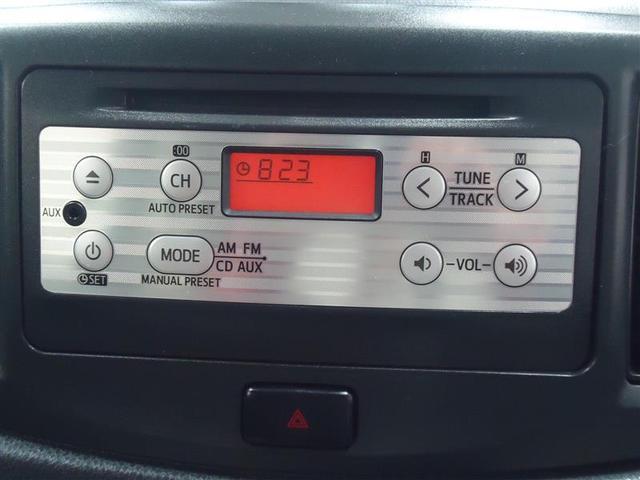 純正CDチューナーが装備されています。 お気に入りのミュージックは、ドライブの必須アイテムですね♪#
