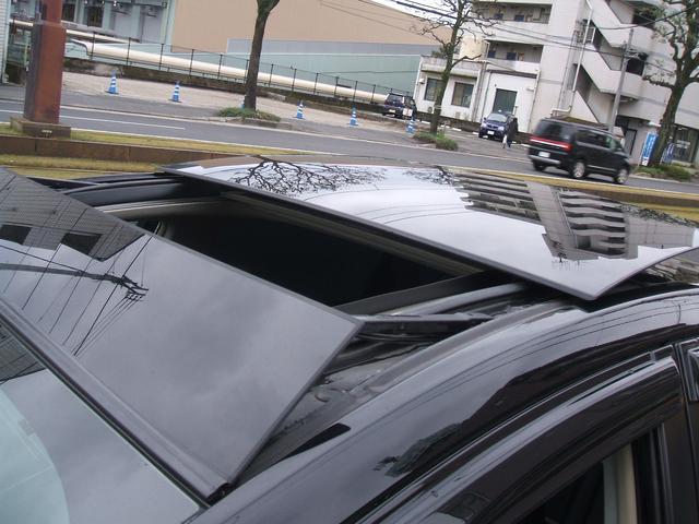 停車中もソーラーで、快適温度保ちます。